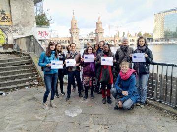 Frauenservice feiert 35 Jahre im Rahmen einer Bildungsreise nach Berlin